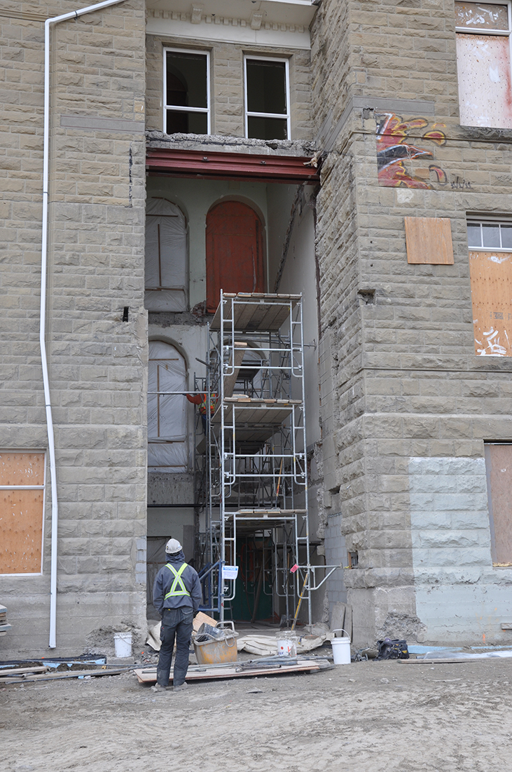 Scaffold for restoration in NE Entry
